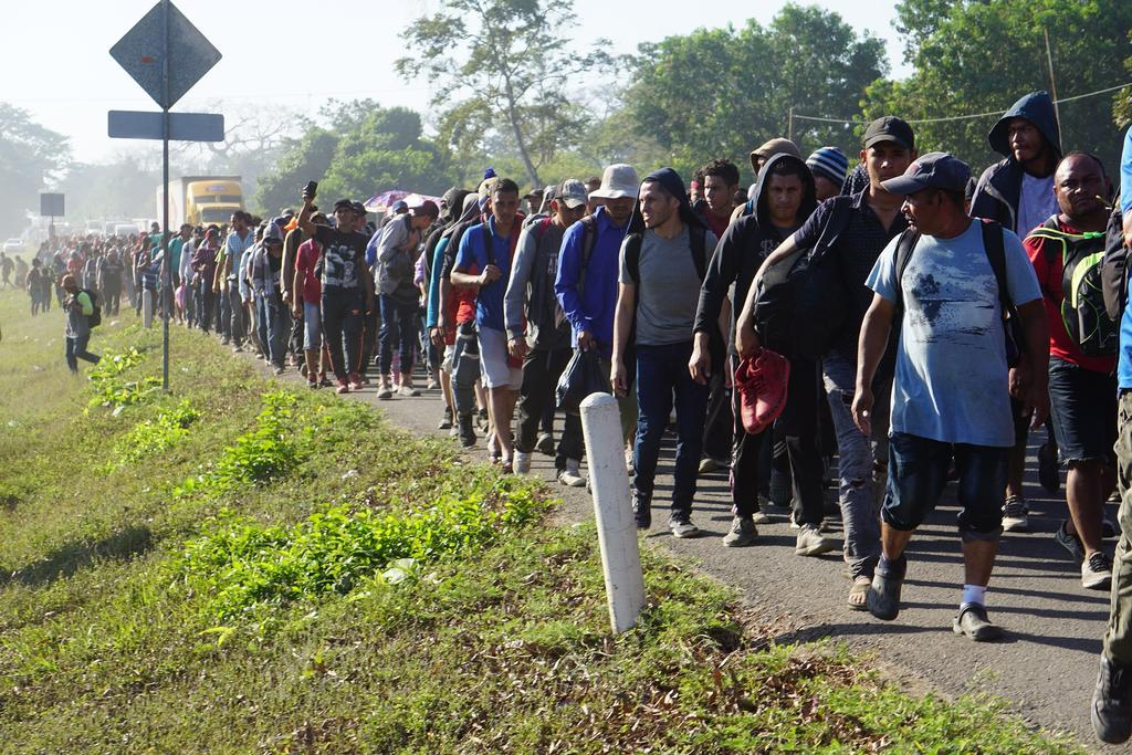 Critican que gobierno diga que 'rescató' a migrantes