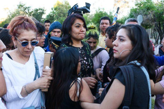 Detienen de forma arbitraria a activista feminista por mediar conflicto en prepa 9 de la UNAM (Ciudad de México)