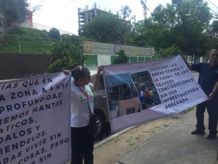 Vecinos de San Rafael piden se cumpla la suspensión de la construcción del complejo habitacional, Gran San Rafael (Jalisco)