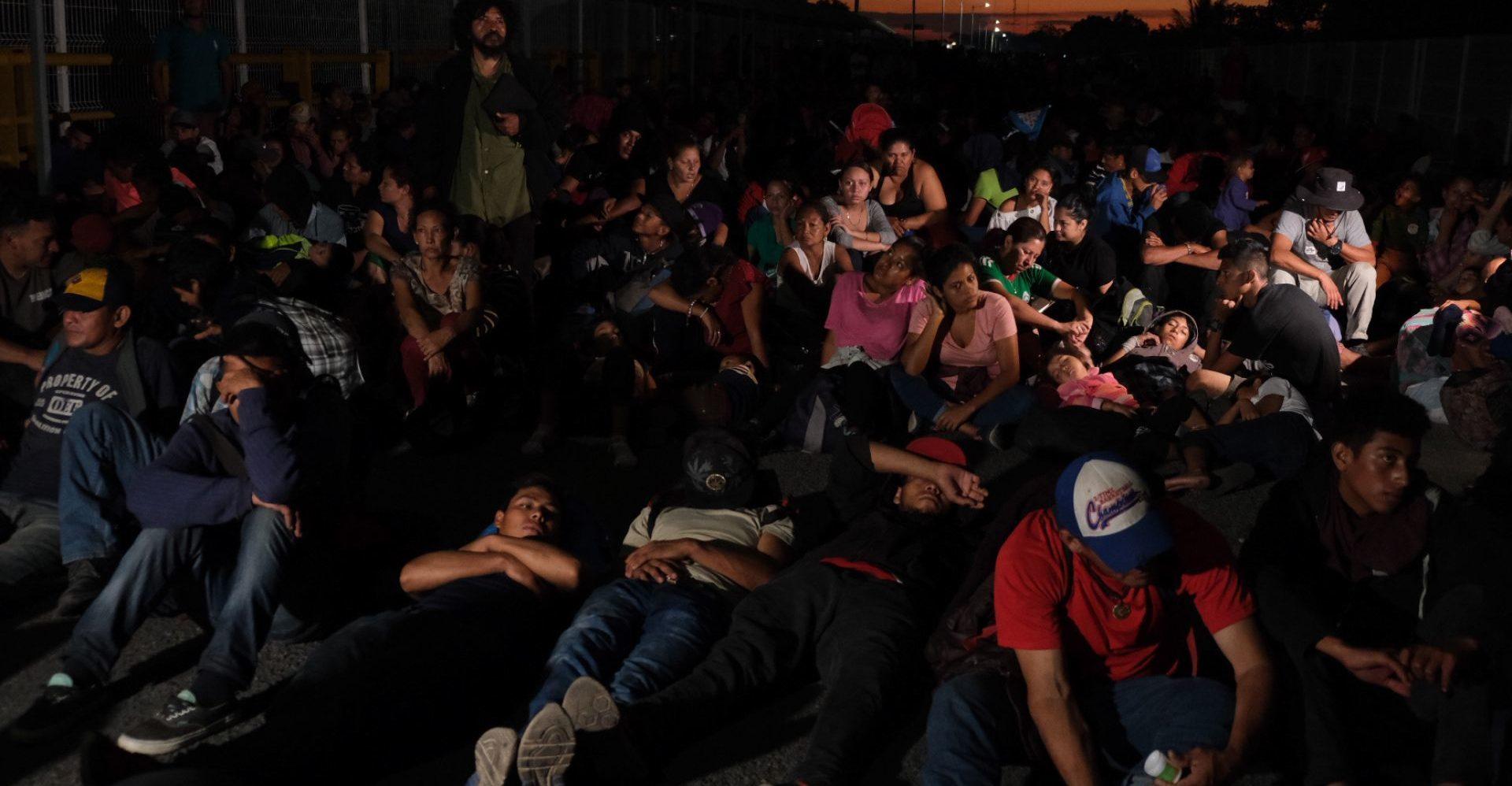 Autoridades detienen a más de 2 mil migrantes centroamericanos en Tabasco y Chiapas
