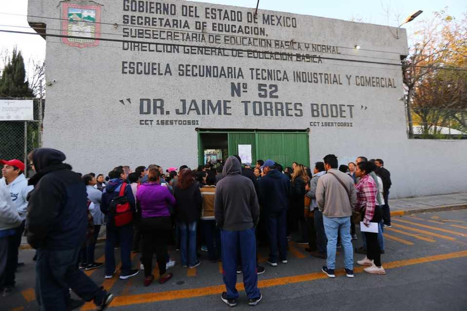 En Cuautitlán, alumnas protestan contra acoso de compañeros (Estado de México)