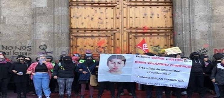 Protestan por feminicidios contra AMLO en Guanajuato