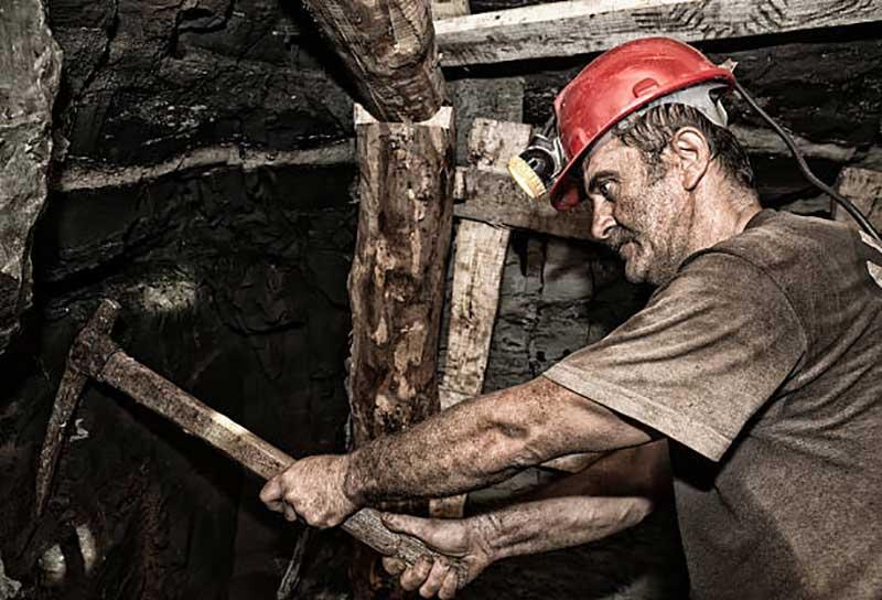 Extranjeros se apropian de las minas nayaritas