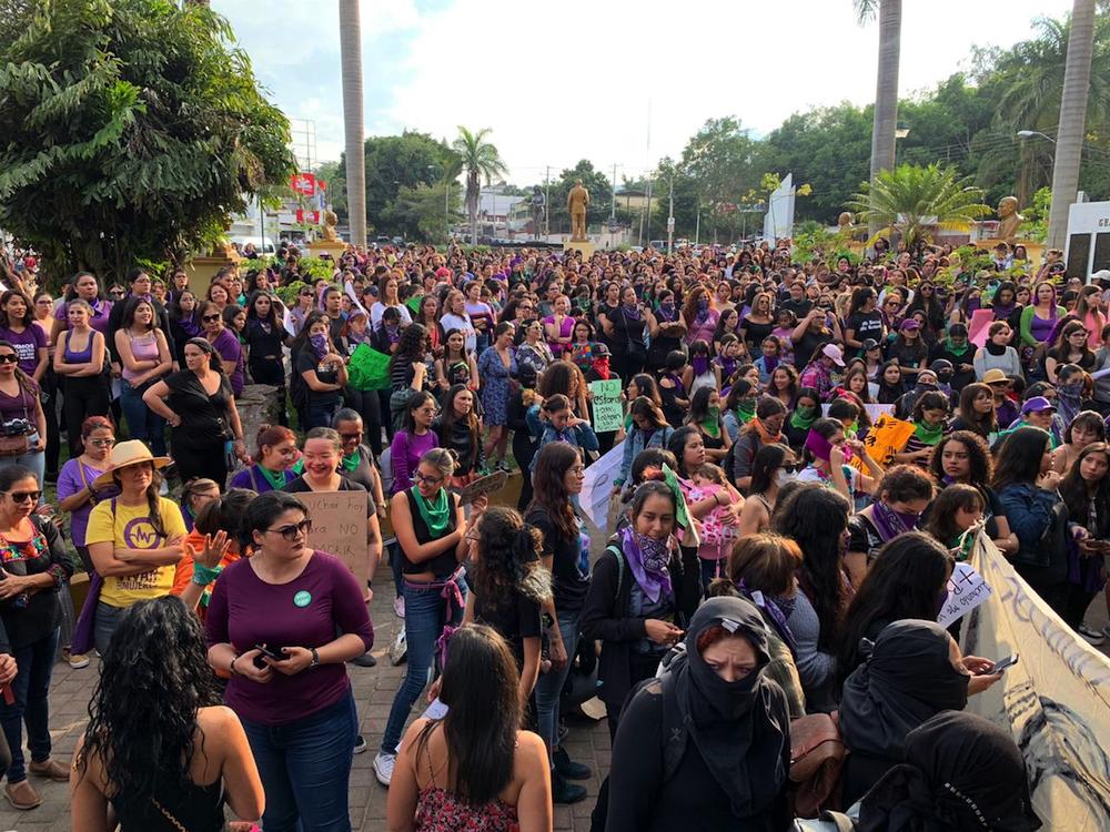 Así fue la poderosa manifestación de mujeres que sorprendió a Nayarit