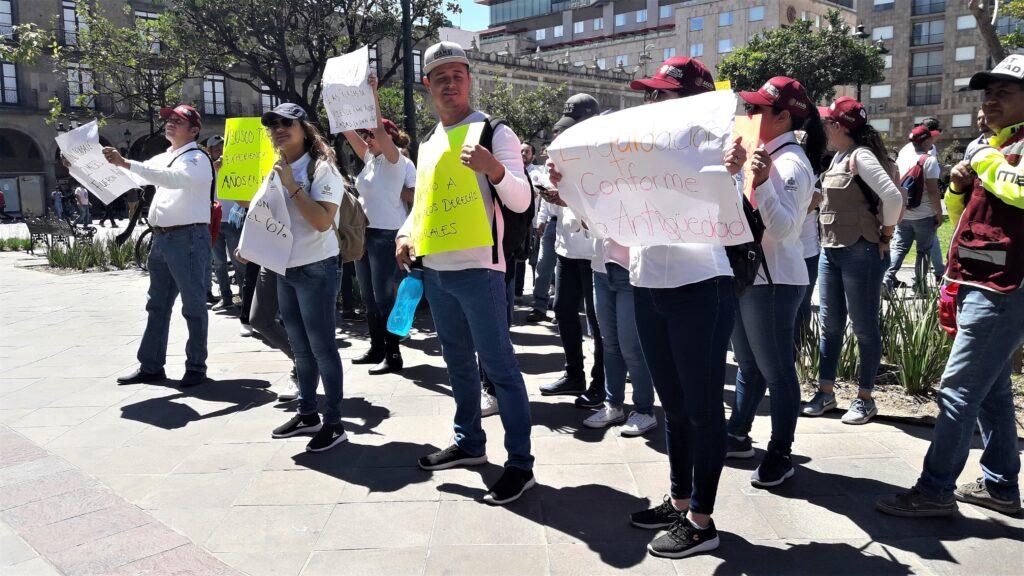 Despiden a 400 trabajadores del Seguro Popular en Jalisco