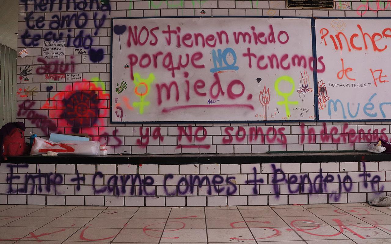 Mujeres en paro participan en consejo de la UNAM (Ciudad de México)