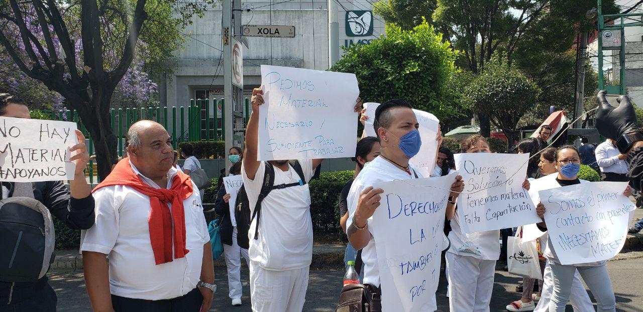 Personal del IMSS bloquea Eje 4 Sur; exigen material y protocolos para atender COVID-19 (Ciudad de México)
