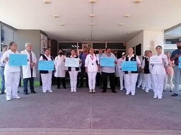 Exige personal del hospital de Tecomán insumos para enfrentar pandemia (Colima)