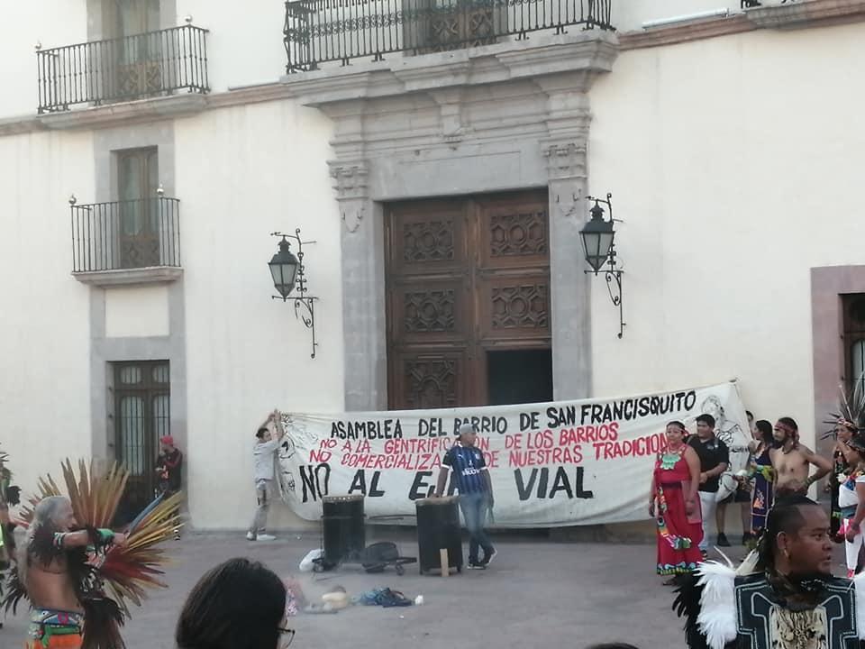 Fotonota: Marcha contra la gentrificación y por los derechos de los pueblos originarios (Querétaro)