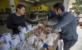 """""""Comida pendiente"""". Comerciantes se suman a ayudar (Querétaro)"""