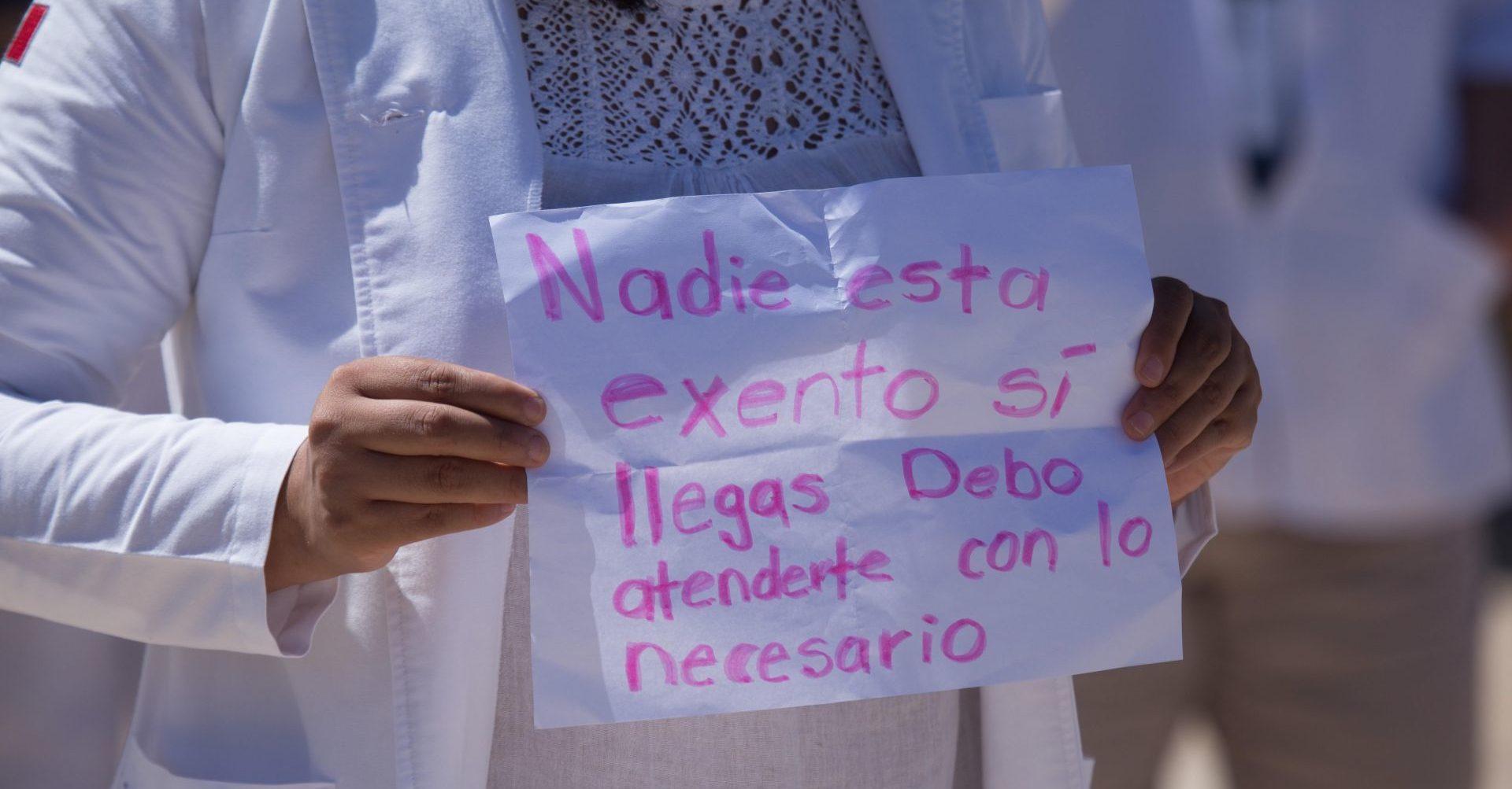 Personal médico del ISSSTE y Hospital Balbuena protestan por falta de insumos (Ciudad de México)