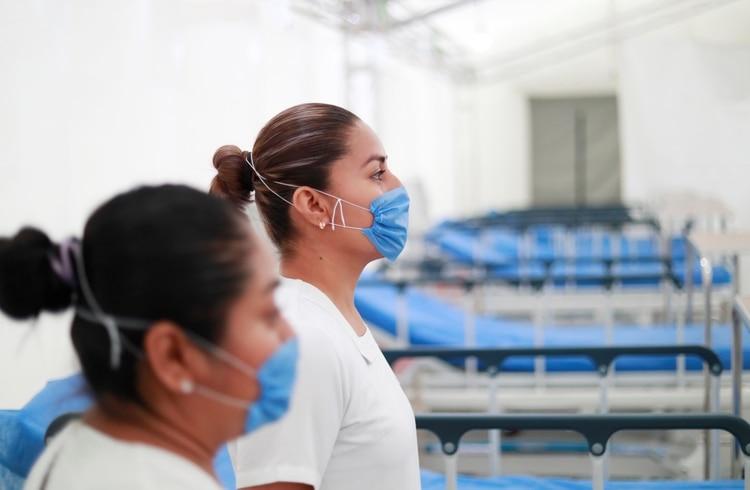 Sinaloa. Enfermeras, blanco de ataques; agreden a una con cloro.