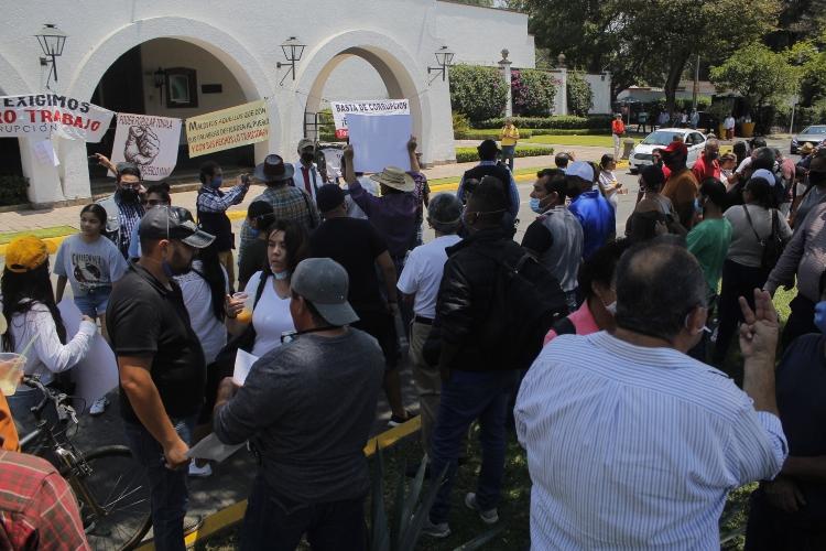 Ciudadanos exigen derecho al trabajo (Jalisco)