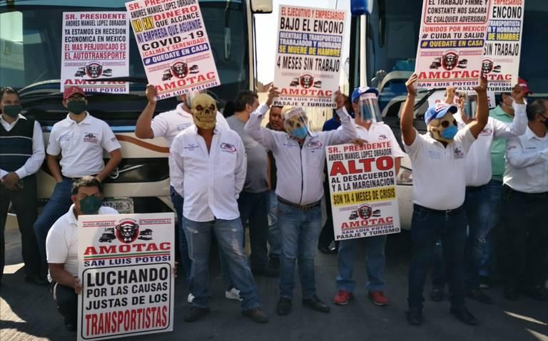 Autobuseros de pasaje y turismo sin trabajo desde enero (San Luis Potosí)