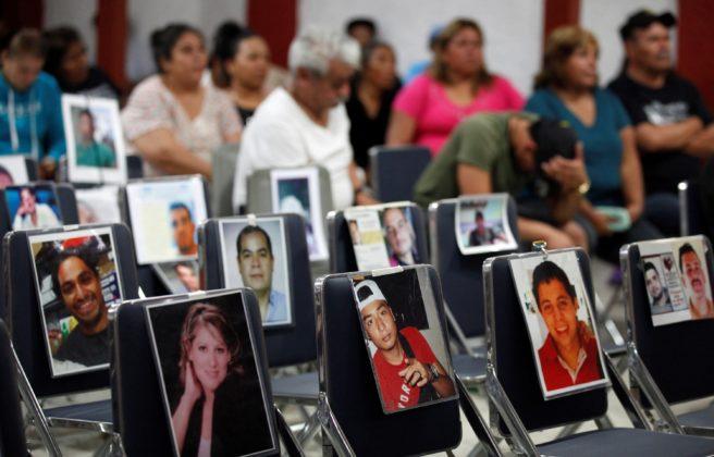 Colectivos exigen al gobernador no cortar recursos a búsqueda de desaparecidos (Jalisco)