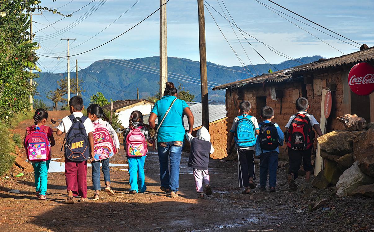 Acapulco: el mito de la educación a distancia (Guerrero)