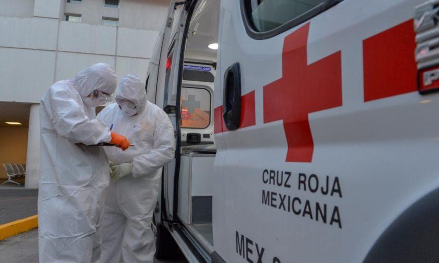 Golpean a personal de Cruz Roja que trasladaba a sospechoso de covid-19 (Estado de México)
