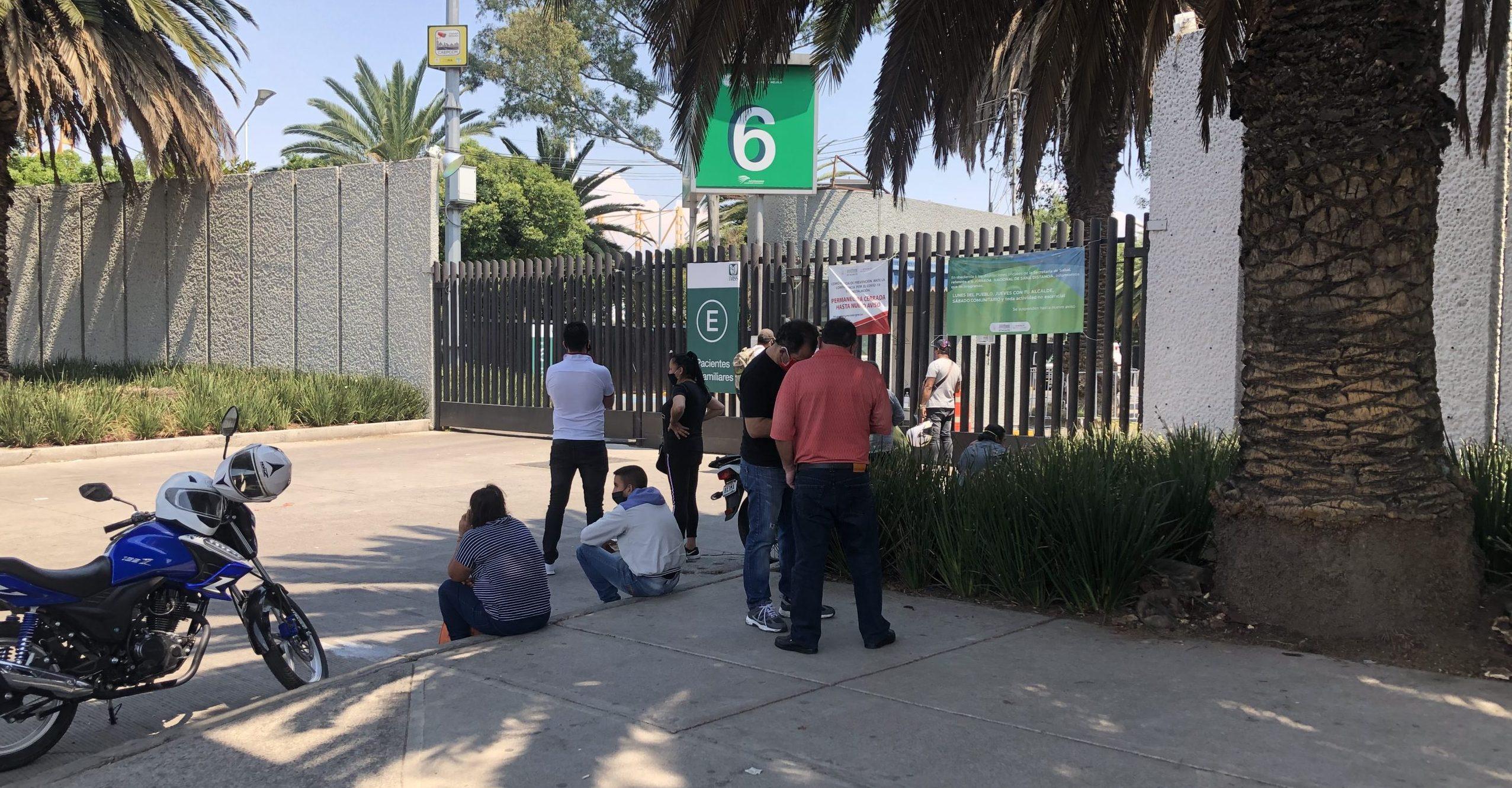 Pacientes llegan al Autódromo después de no encontrar atención en hospitales (Ciudad de México)