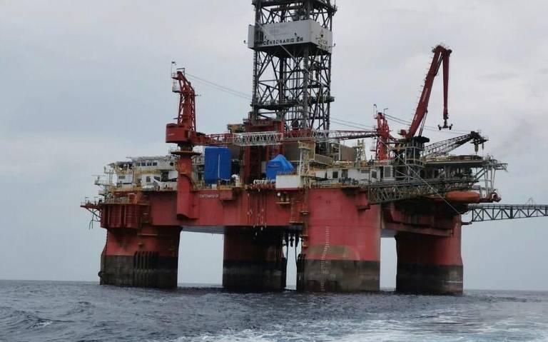 Obreros quedan atrapados en plataformas petroleras frente a costa de Tamaulipas