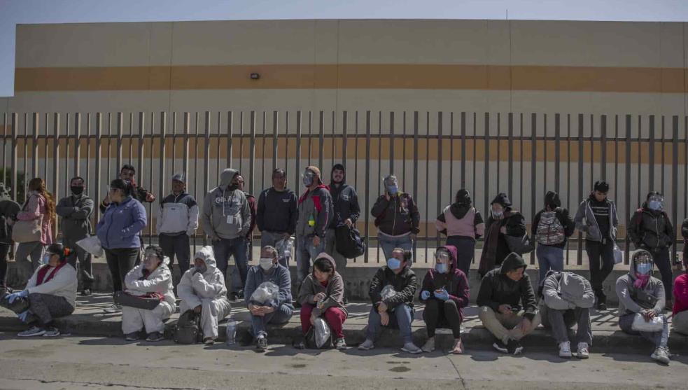 Obreros de maquiladoras, entre el desempleo y el coronavirus (Tamaulipas, Baja Califonia, Chihuahua)