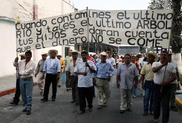 """Movimiento de los """"13 pueblos"""" contra la Unidad Habitacional """"La Ciénega"""", Mexico. (Morelos)"""