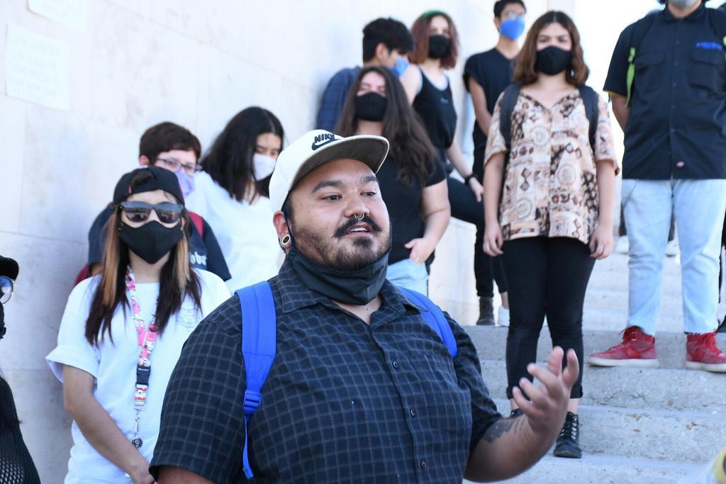 Protestan pacíficamente para solidarizarse con manifestantes detenidos en Torreón (Coahuila)