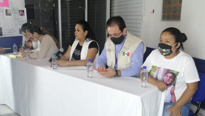 Familiares y amigos continúan búsqueda de desaparecidos en Chapala (Jalisco)