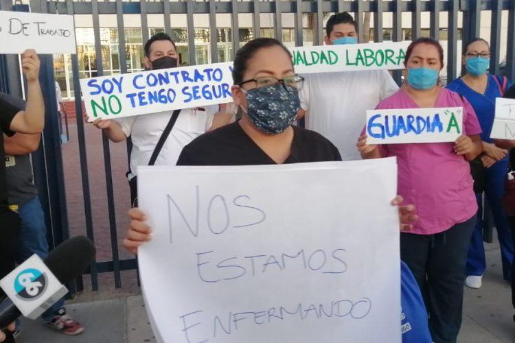 Enfermeras protestan afuera del HG de Mexicali por condiciones laborales (Baja California)