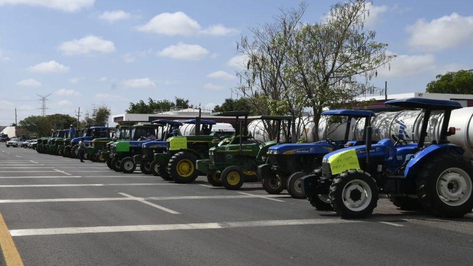 Mega protesta de agricultores en Sinaloa por el precio del maíz