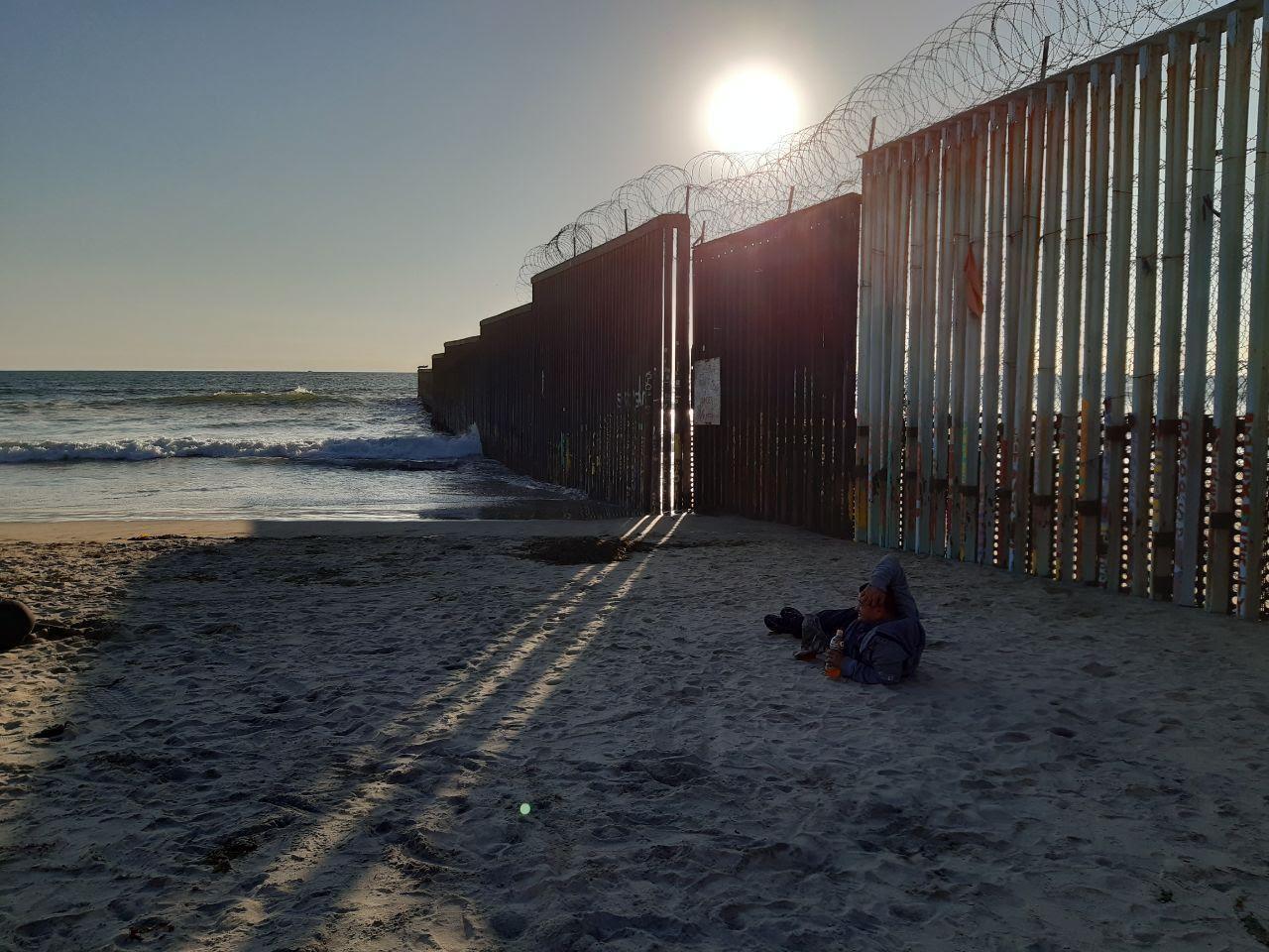 El muro de Trump en Arizona: Militarización fronteriza en época de covid