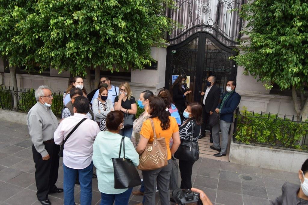 Despiden injustificadamente a 18 secretarias en el Congreso de Aguascalientes