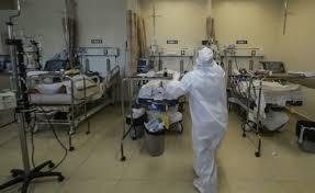 Médicos reclaman falta de insumos contra Covid; piden frenar hostigamiento