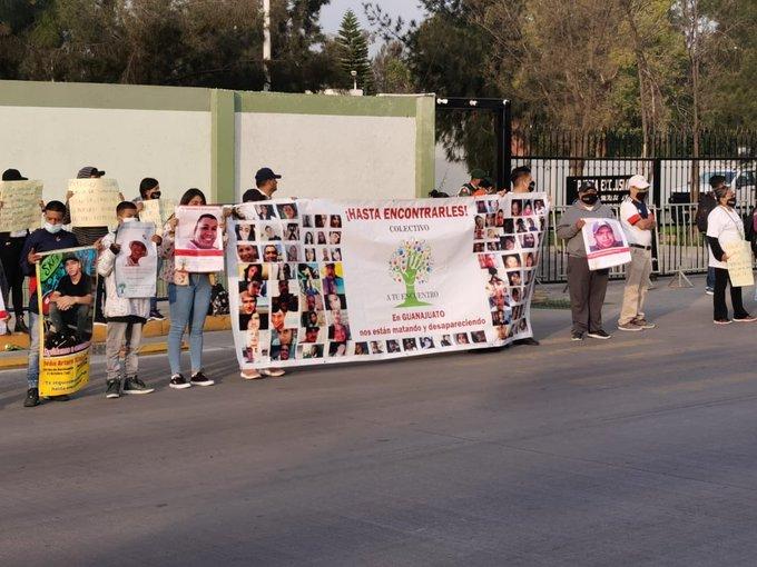 'También nos puede escuchar' : familiares de desaparecidos en Guanajuato a AMLO