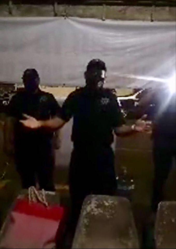 Policía Estatal desaloja a manifestantes que protestaban contra el gobernador (Colima)