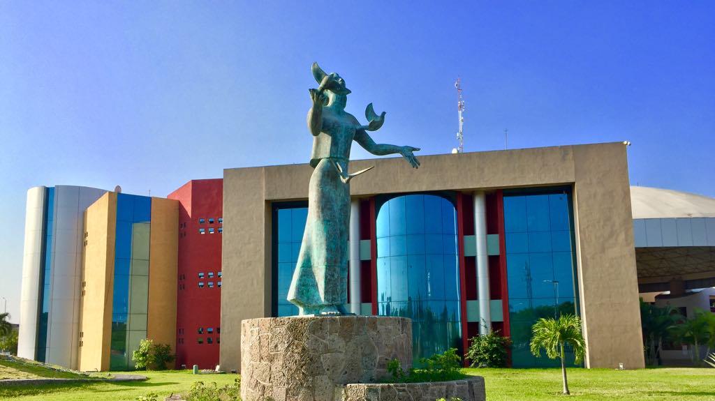 Denuncian hostigamiento y acoso sexual en tres secretarías del Gobierno del Estado (Colima)