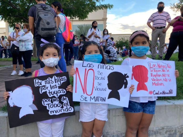 Más de mil mujeres jóvenes y niñas salen a marchar en Tala y exigen: ¡Justicia para Elsy! (Jalisco)