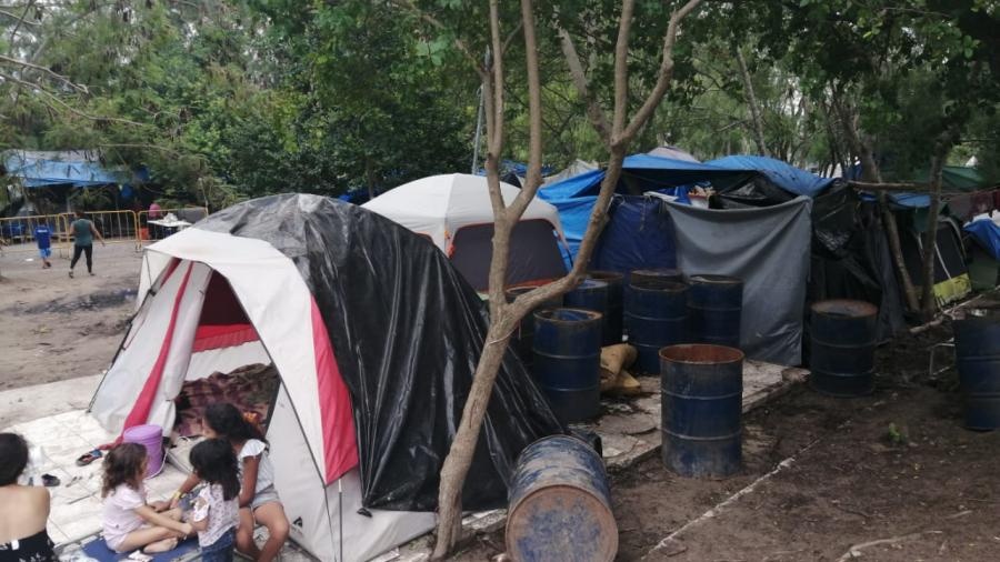 No queremos movernos del campamento porque aquí nos llega la ayuda y comida: Migrantes (Tamaulipas)