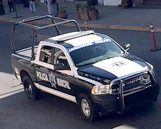 Se manifiestan mujeres por violencia, detienen a cuatro, investigan a Policías en Tecate (Baja California)