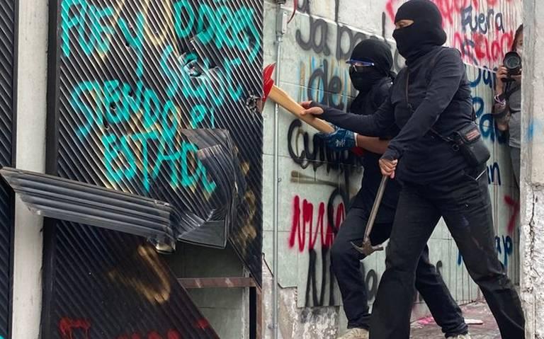 Incendian sede de CODHEM en Ecatepec tras detención de feministas (Estado de México)