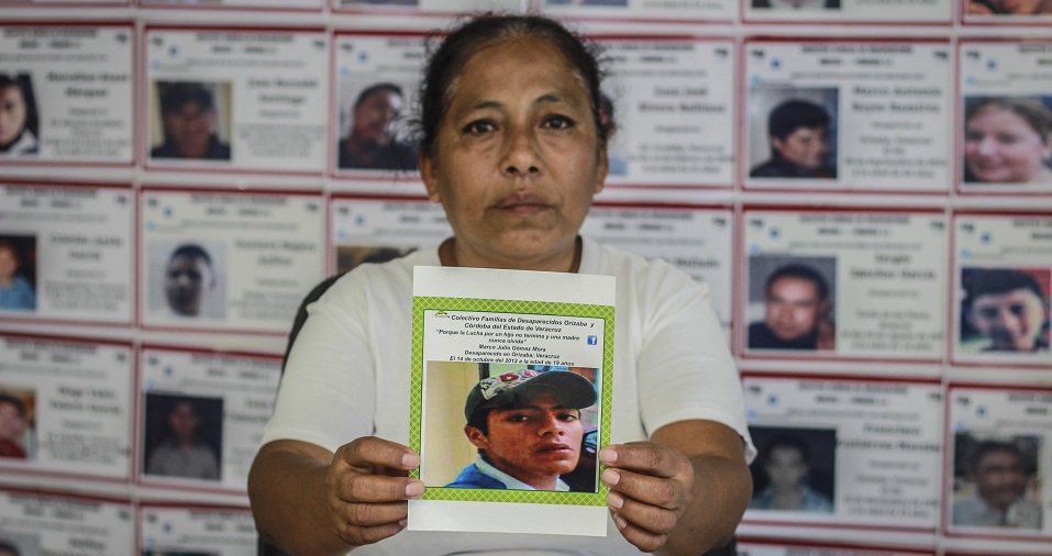'Hacemos lo que la policía no quiere hacer': Laura lleva 8 años buscando a su hijo desaparecido en Orizaba (Veracruz)