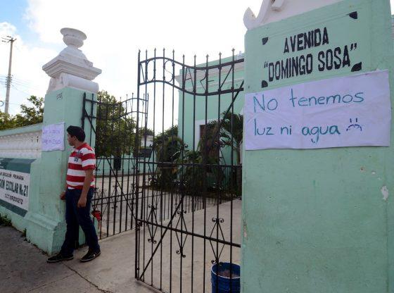 Despido de docentes fue para contratar operadores del PAN ( Yucatán)