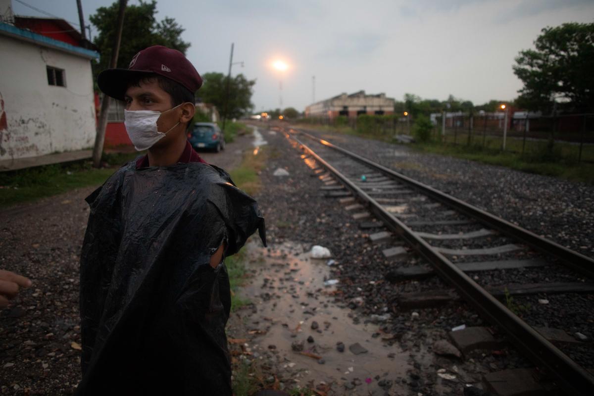 Volver a La Bestia: Las rutas oscuras impuestas por la pandemia y la xenofobia
