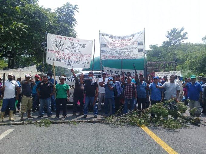 Jornada Nacional de Movilización en Defensa de la Madre Tierra, contra la guerra al EZLN, los pueblos y comunidades Indígenas en Oaxaca