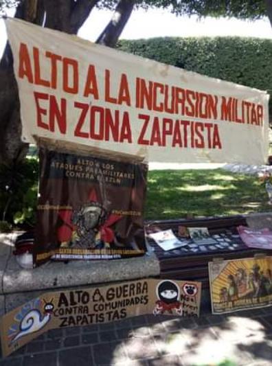 Galería de fotos de acciones en León y Celaya, Guanajuato en repudio a los ataques paramilitares a comunidades zapatistas