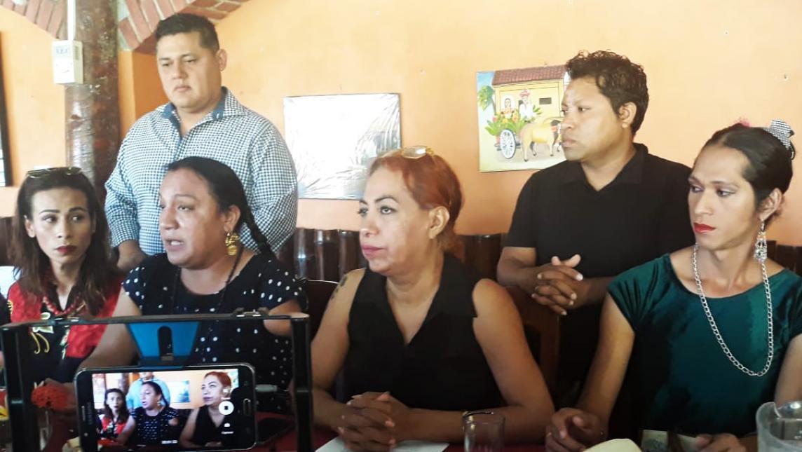 Comunidad Muxe del Istmo exige justicia por transfeminicidio de Giovanna y Shyrley (Oaxaca)