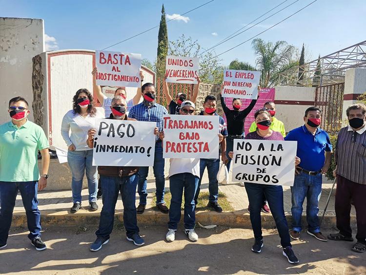 Profesores del Cobaej protestan por falta de pago (Jalisco)