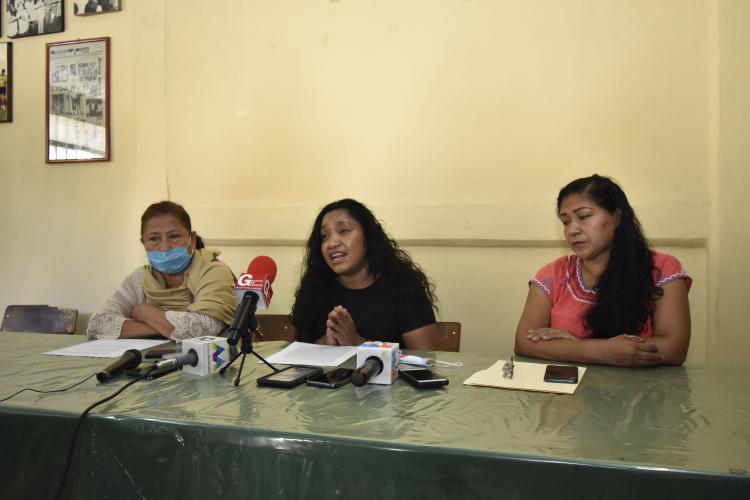 Denuncian a la CEAV por frenar la entrega de apoyos a más de 300 familias  (Guerrero)