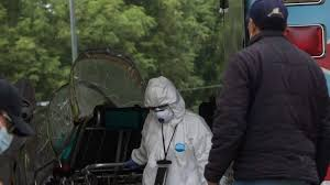Gobierno de CDMX dice que hay camas para atender COVID… pero los paramédicos no las encuentran