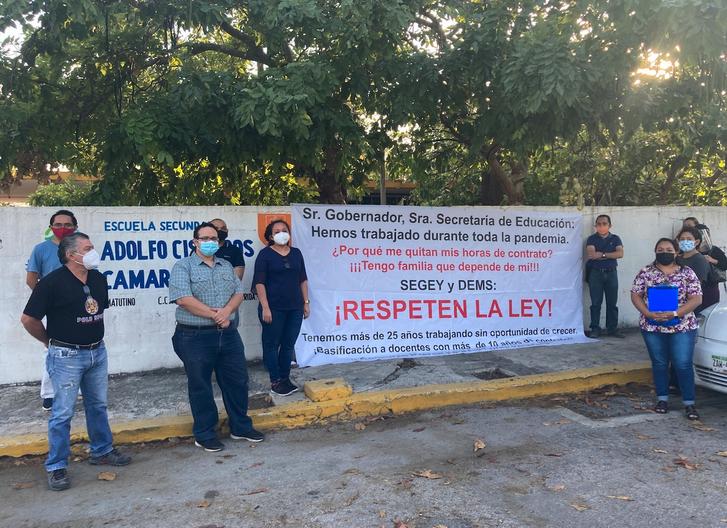 Otro golpe a maestros: Segey quita contratos y no reparte horas (Yucatán)