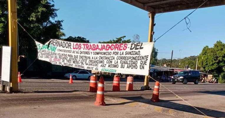 En Santiago Ixcuintla; trabajadores del retén fitosanitario sin recibir varias quincenas (Nayarit)